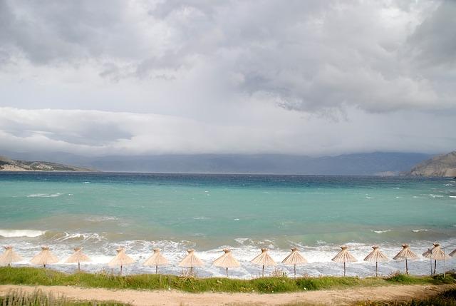 Baška - pláž na ostrově Krk