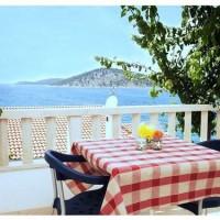 Aparthotel Meri **** s bazenem hned u moře v Chorvatsku